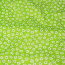 Bavlněné plátno žlutozelené, bílý květ, š.140