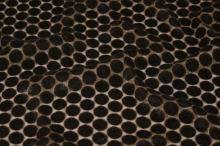Šifón hnedý, zamatové bodky, š.135