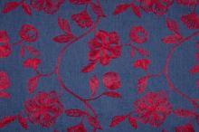 Šatovka denim, červená výšivka, š.135/150
