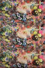 Satén růžový, fialovo-modré květy, š.145