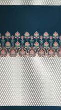 Šatovka petrolejovo-biela, čierne bodky, ornamenty, š.145