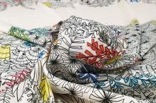 Šatovka bílá, květinový vzor, š.150