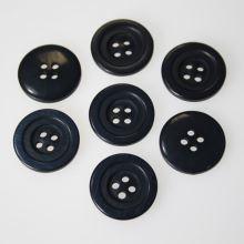 Knoflík modrý, K32-9, průměr 20 mm.
