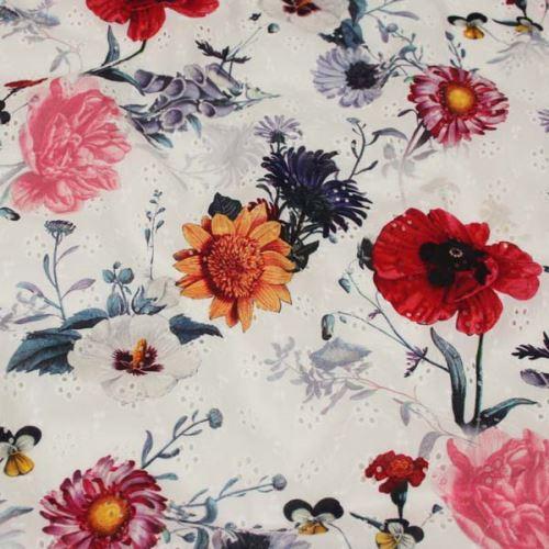 Madeira bílá, barevný tisk červené a růžové květy, š.140