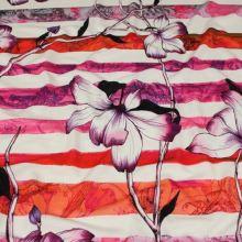 Úplet růžovo-červené pruhy a květiny, š.150