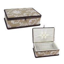 Kazeta na šití béžová, bílý vzor, 9001119-68