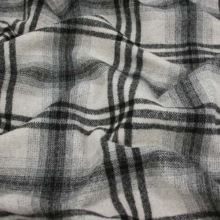 Kabátovina šedo-černé káro š.155