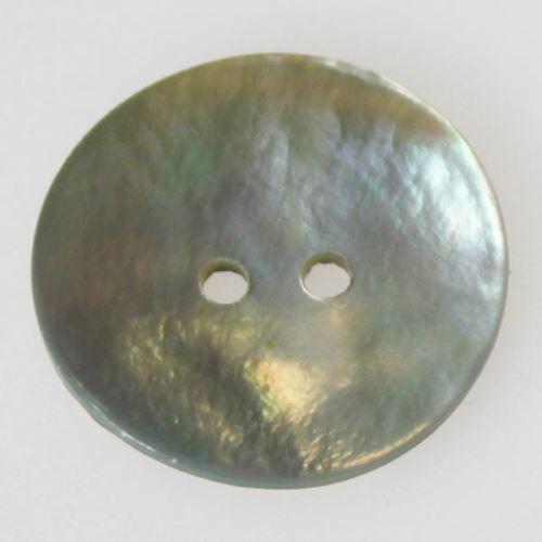 Gombík perleťový K36-18, priemer 23 mm.
