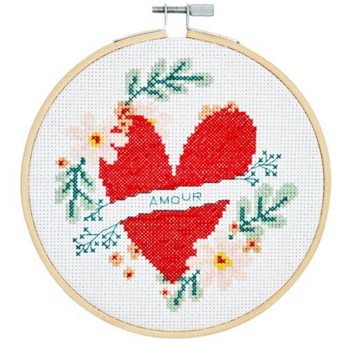 Sada pre krížikové vyšívanie DMC - srdce