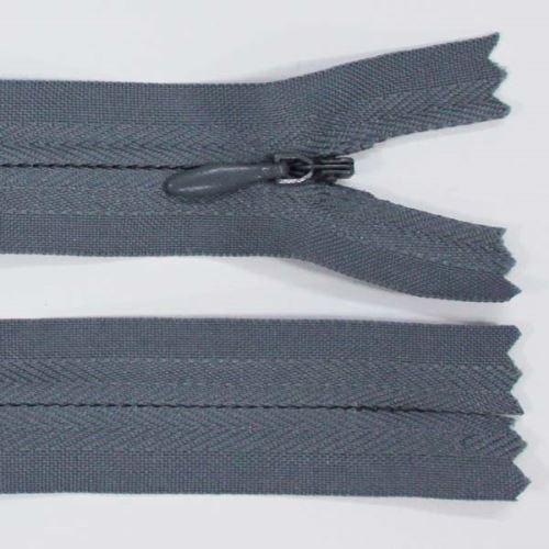 Zip skrytý 3mm délka 18cm, barva 319