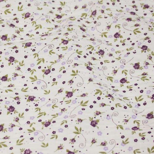 Krep biely, drobný fialový kvet, š.145