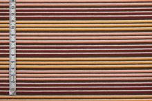 Úplet hnedý, farebné prúžky, š.140