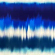 Úplet vzorovaný 20777, modro-biely batikovaný pruh, š.150