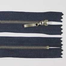 Zip kovový 4mm chrom délka 10cm, barva 330