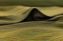 Ľanová kostýmovka zelená, farebné tenké pruhy, š.160