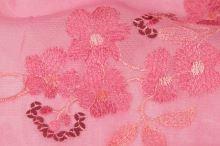 Elastický tyl, růžová výšivka š.135(125)