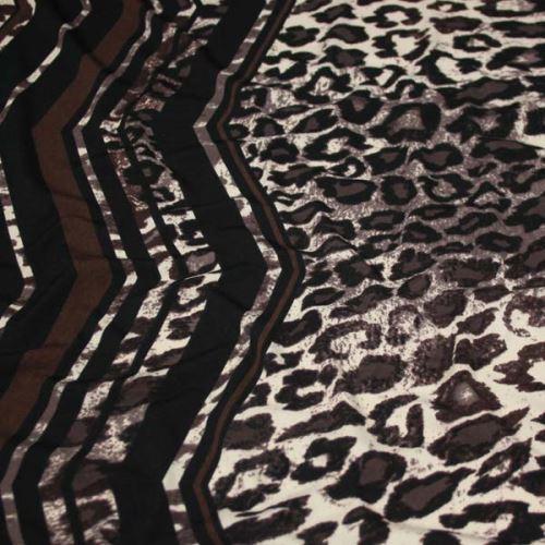 Úplet krémovo-hnedý, zvieracie vzor a bordúra, š.140