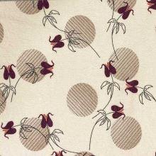 Kostýmovka 20289 béžová, vínové kvety, š.150