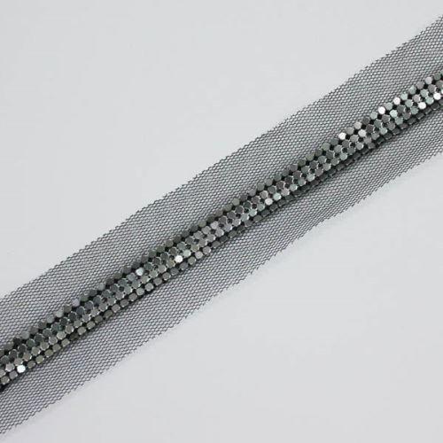 Borta čierna tylová s kovovou aplikáciou