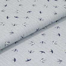 Bavlněné plátno, modro-bílý pruh, vlaštovky, š.140