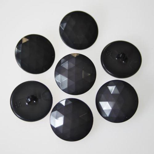 Knoflík šedý K36-11, průměr 23 mm.