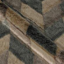 Kožešina hnědo-béžová, cikcak vzor, š.155