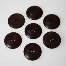 Knoflík hnědý K36-5, průměr 23 mm.