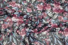 Šifon černý, růžový květ š.150