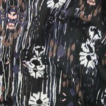 Bavlna černá, barevný vzor růžový pavouk š.135