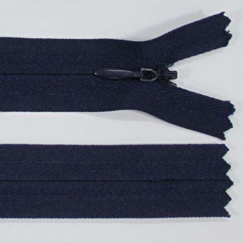 Zip skrytý 3mm délka 55cm, barva 330
