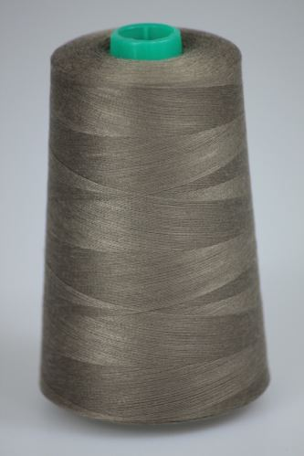 Niť KORALLI polyesterová 120, 5000Y, odtieň 7450, hnedá