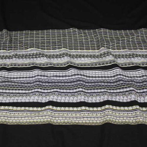 Úplet čierny, farebný vzorovaný pruh, š.150