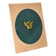 Pánský kapesník s výšivkou, lesní roh
