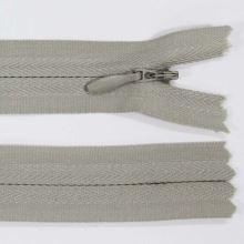Zip skrytý 3mm délka 18cm, barva 310