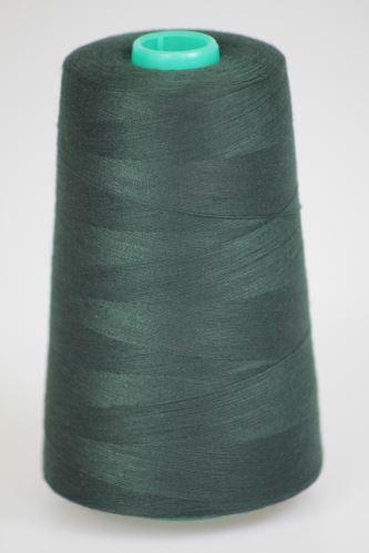 Niť KORALLI polyesterová 120, 5000Y, odtieň 6700, zelená