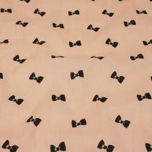 Bavlna lososová, čierne mašličky, š.160