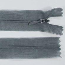 Zip skrytý šatový 3mm délka 18cm, barva 535