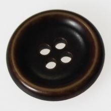 Gombík tmavo hnedý K40-3, priemer 25 mm.