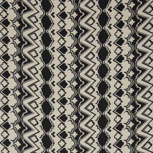 Satén bíločerný, vzor š.145