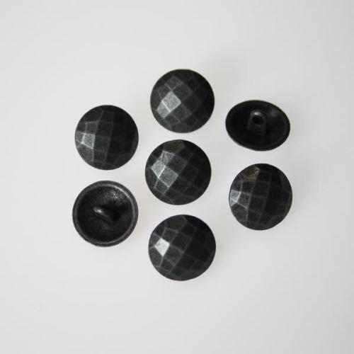 Knoflík šedá patina K24-3, průměr 15 mm.