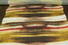 Satén hnědočervený vzor, š.145