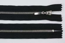 Zips kovový 4mm chróm dĺžka 18cm, farba 332