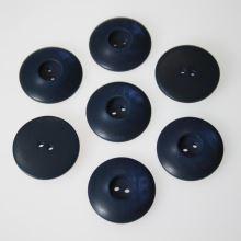 Knoflík modrý K36-12, průměr 22 mm.