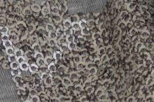Úplet šedý, zlatohnedé flitre, š.140
