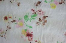 Šatovka krémová, barevný květ, výšivka š.135