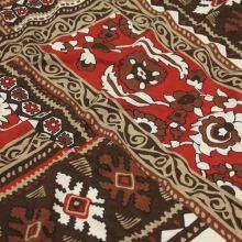 Úplet červeno-hnědý s ornamenty, š.140